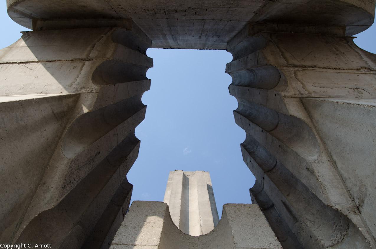 monument_32