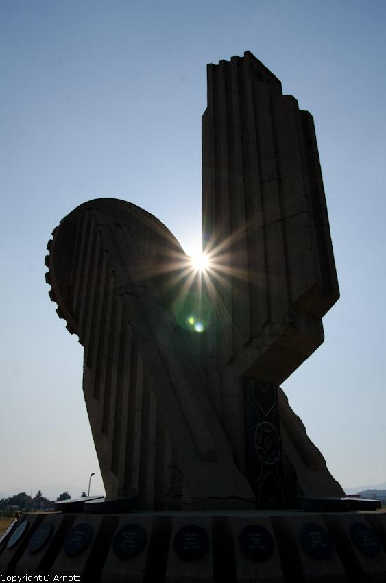 monument_35v