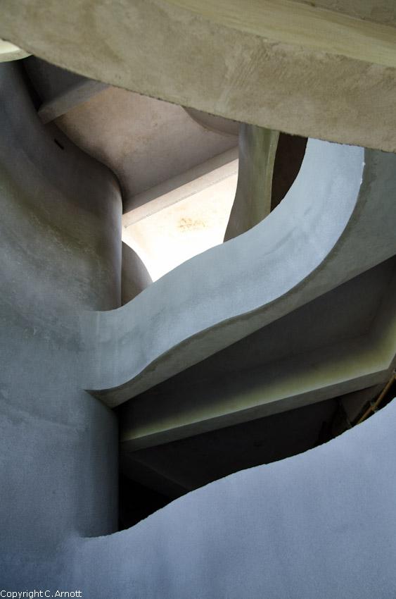 monument_47v